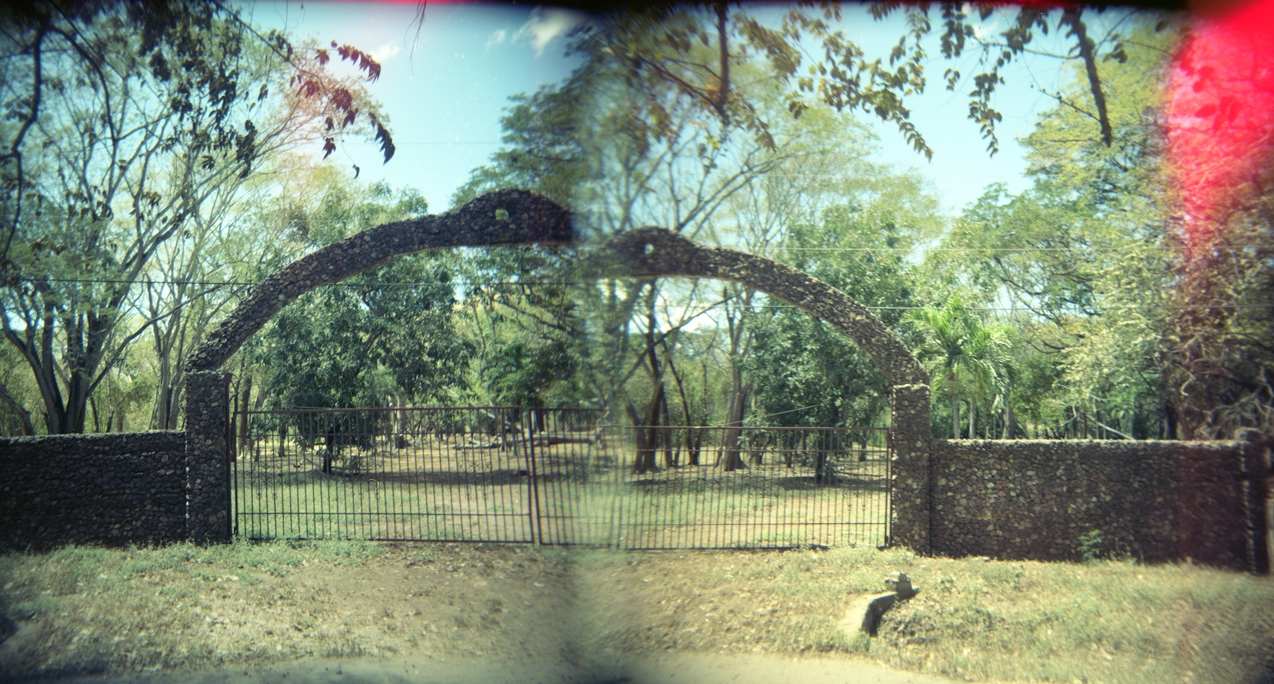 Gates, Panoramic