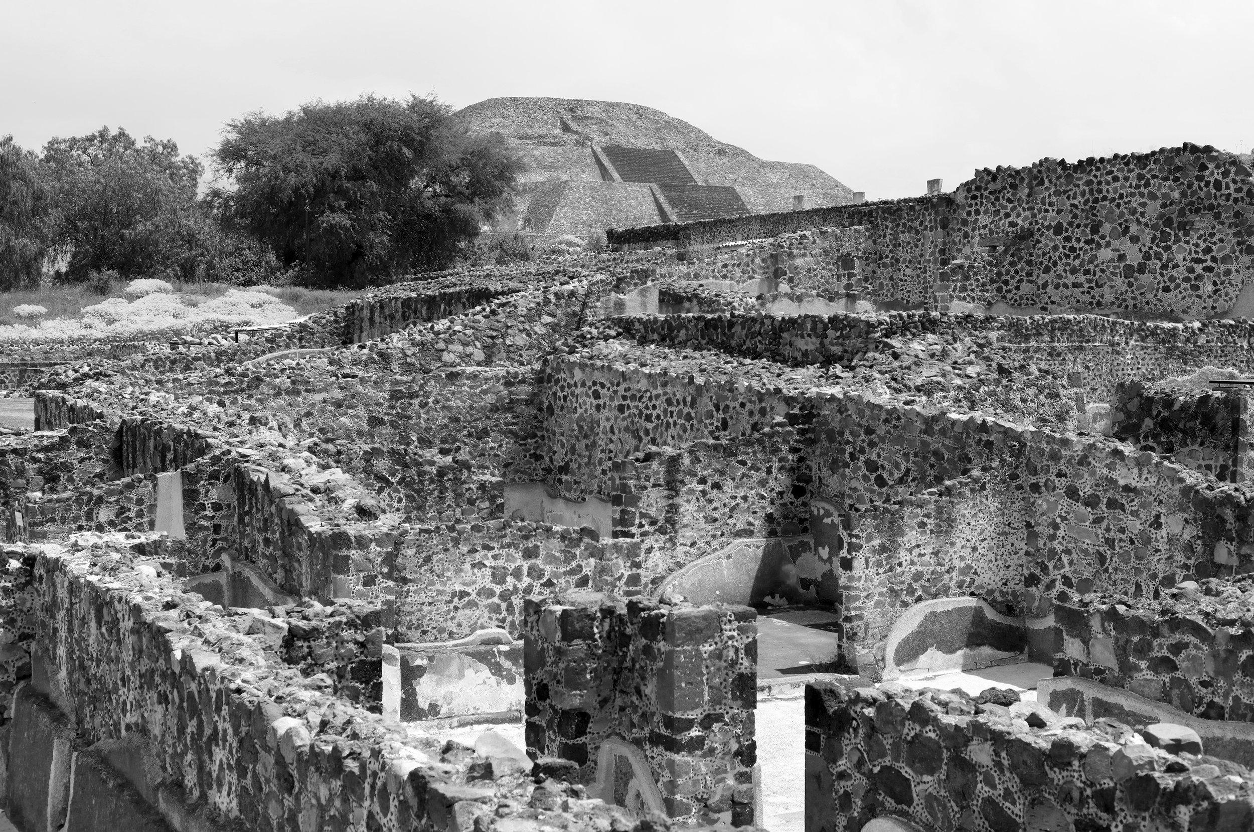 Walls & Pyramid, Black & White