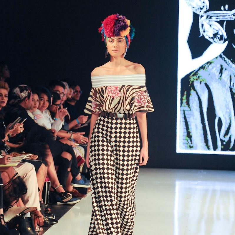 2-la-fashion-week-shows-10-1-16-jajaka3881 (1).jpg