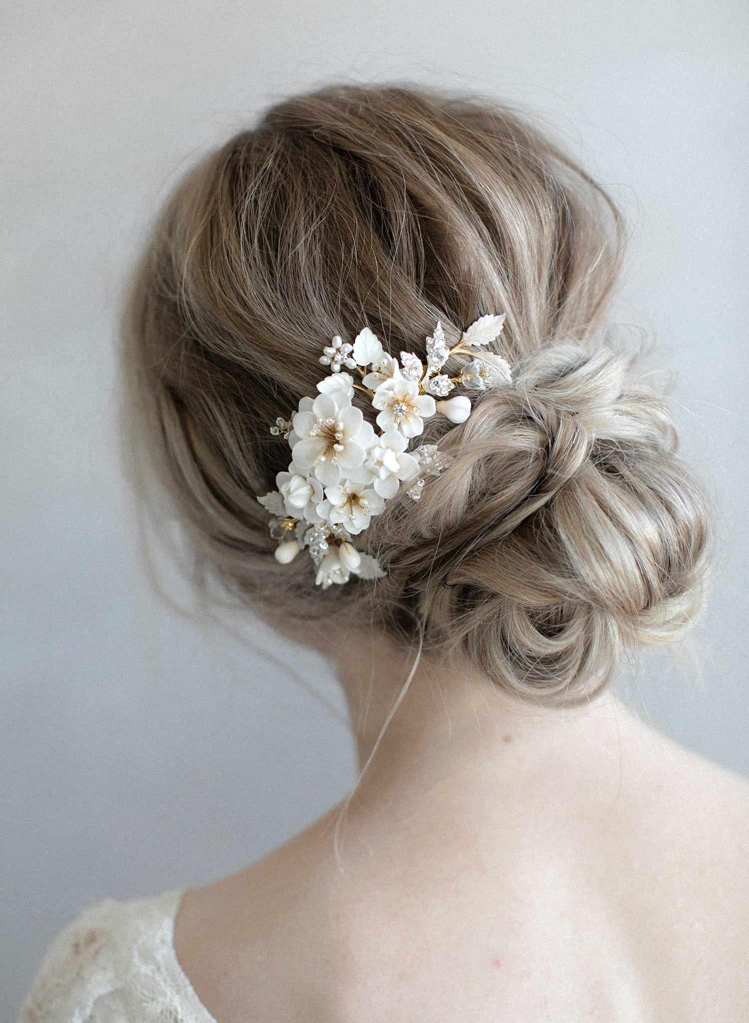 978-bridal-ivory-cream-hair-flowers-bridal-comb-headpiece-twigsandhoney_0008-MAIN.jpg