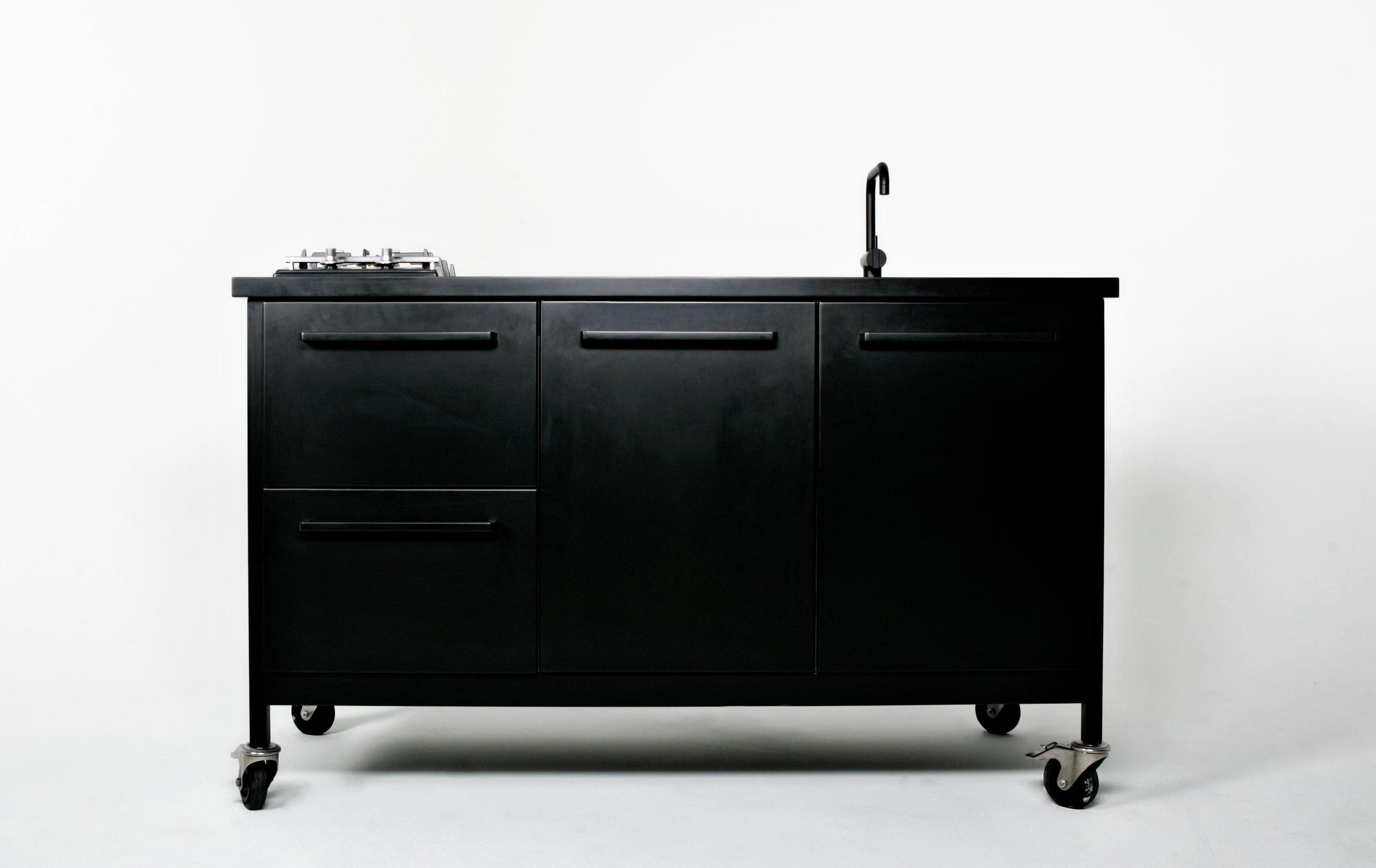 Travel Kitchen Black Cph Square 02.jpg