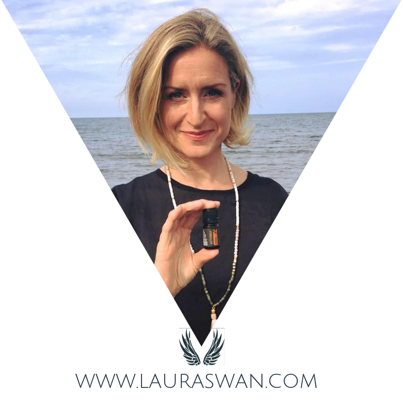 Hey There mama. I'm laura swan, a free-spirited, essential-oil toting, wine-loving, spa-going, boho mama. I help mamas create income and self care that compliments their inner peace and dreams.