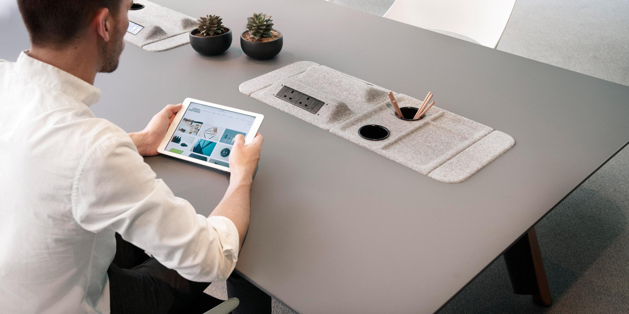 Jones-and-Partners-focus-office-furniture-7.jpg