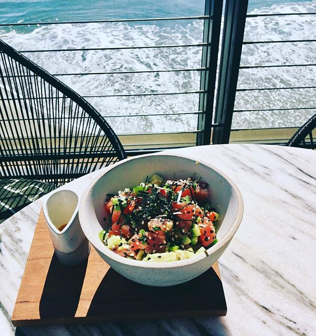 The most yummy of Poke 🐠 bowls whilst enjoying beautiful views at Little Beach House Malibu. Delicious. The sunset was pretty spectacular too 🌅 #MCrecommends #MCinLA