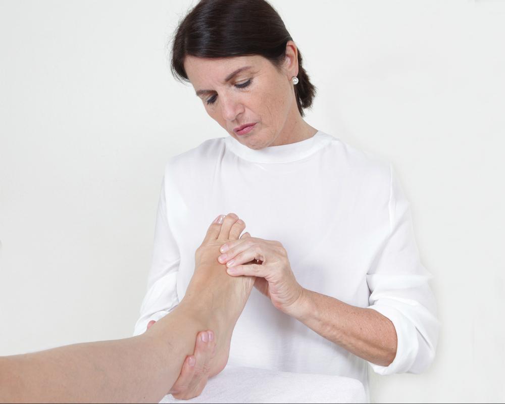 Fußreflexzonenmassage als Therapie, Prävention oder Entspannung.