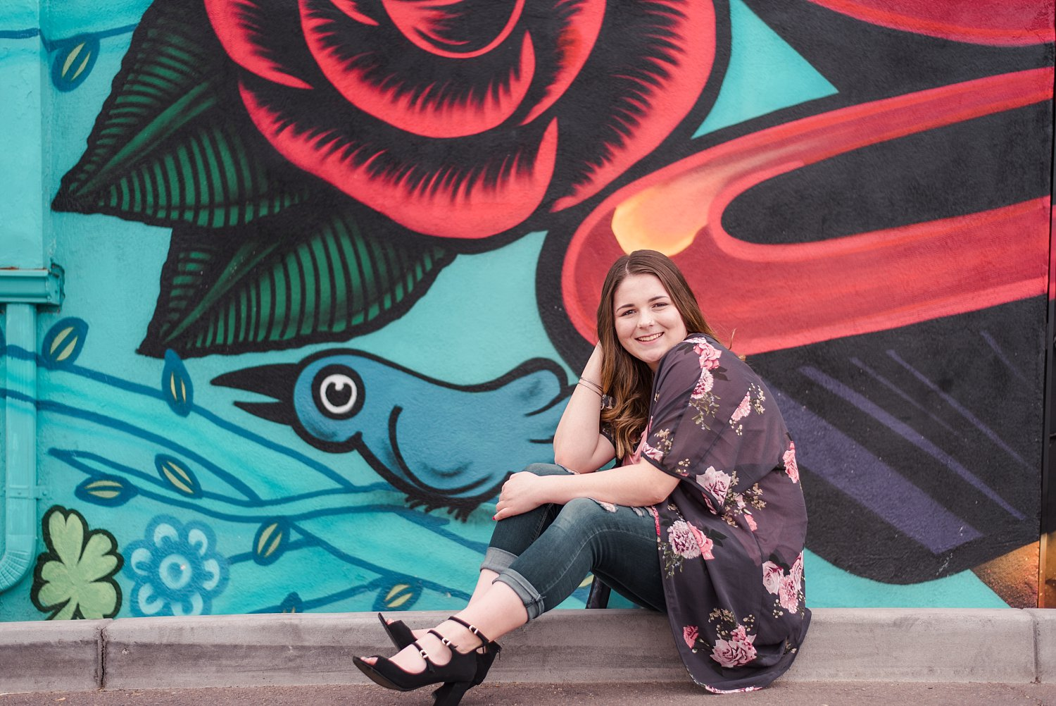 Senior girl in front of bright mural | 3 best locations for your next family session | adriennelouisephotography.com