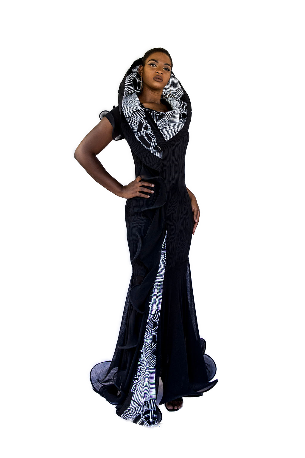 isha pand gown 2 2.png