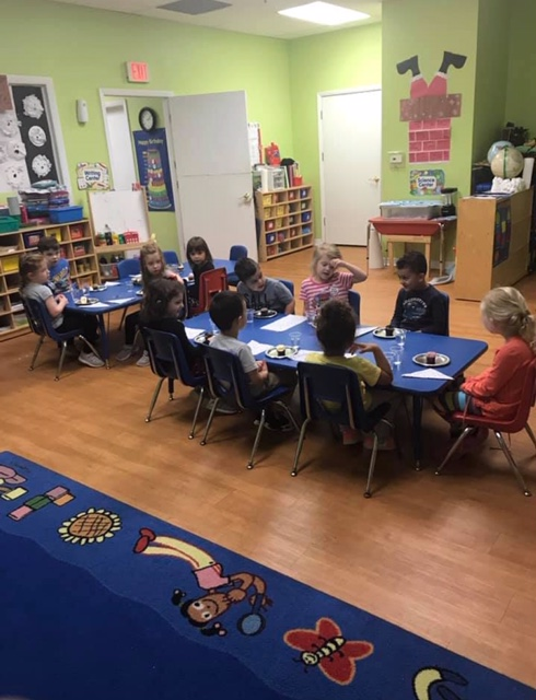 "One of the classes at Lake Mary Childcare whose students learn without ""Traffic Light"" discipline but with good teaching methods."