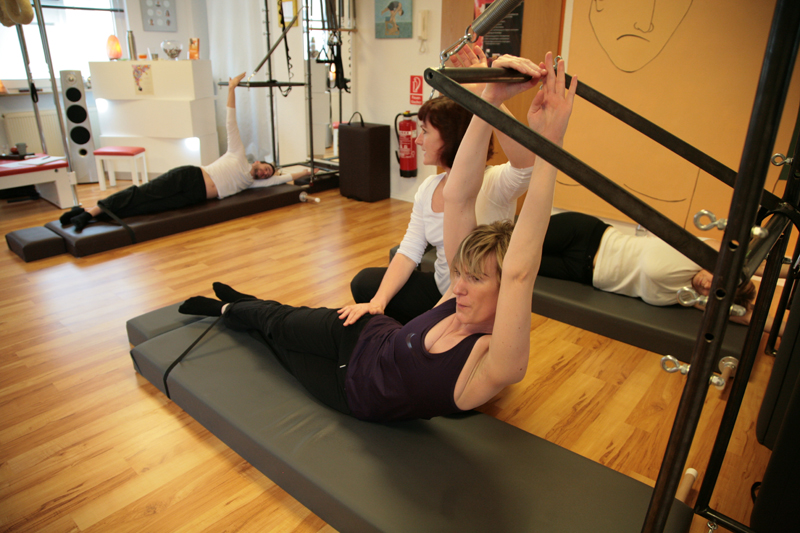 Pilates Side Bend am Tower