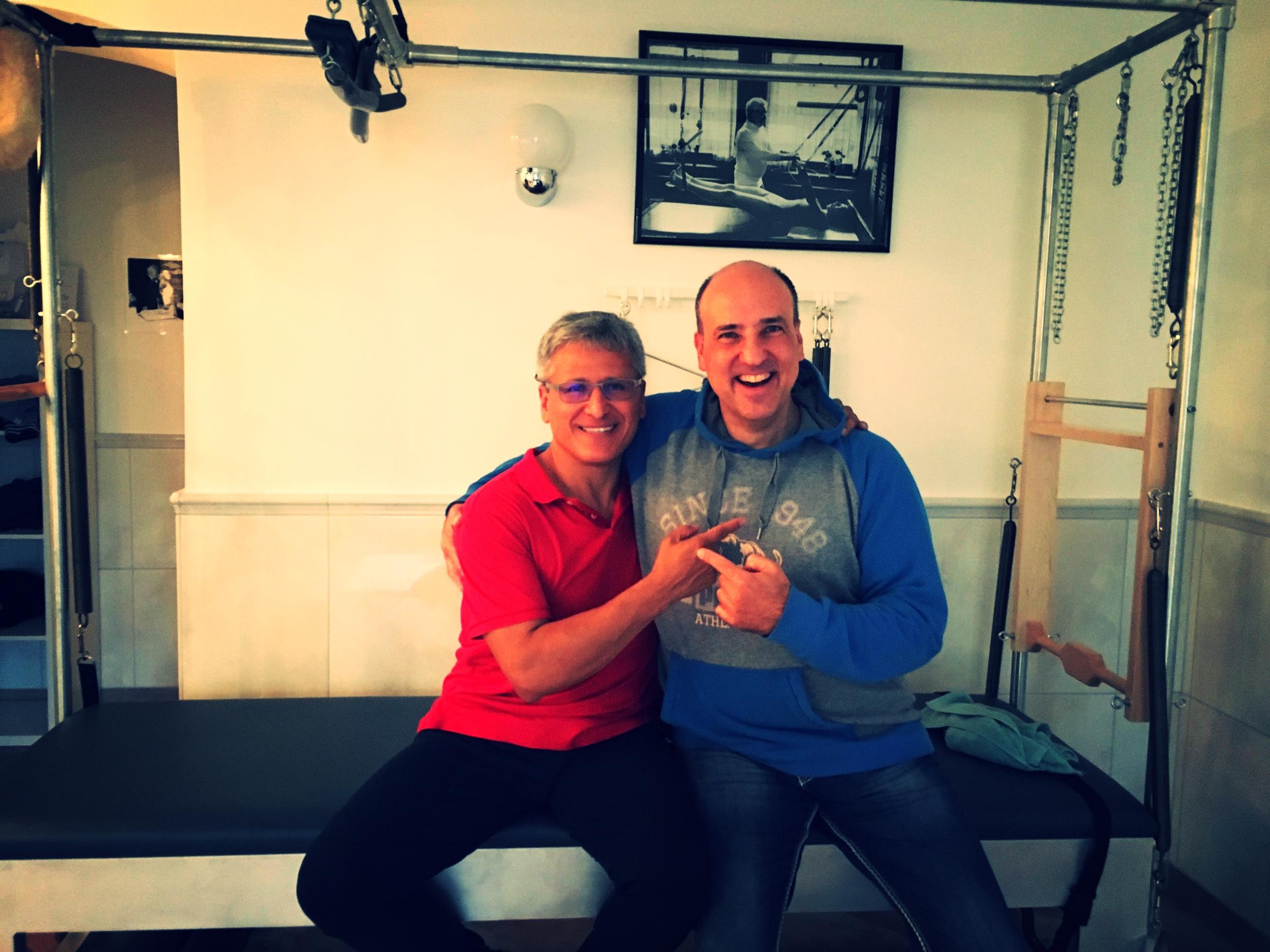 """Moses Urbano und Reiner Grootenhuis bei der  """"1. Men  s' Pilates Clinic""""  im Dezember 2016 in Berlin"""