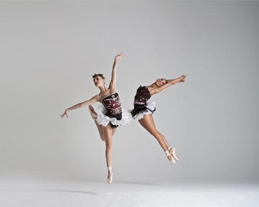 The London Cirque Ballet 3, Divine Company.jpg