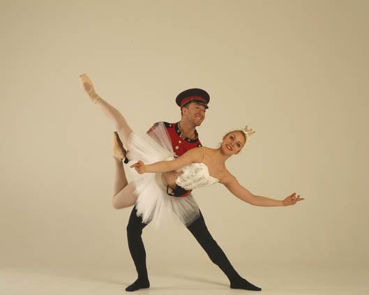The London Cirque Ballet, Nutcracker Duet, Divine Company.jpg
