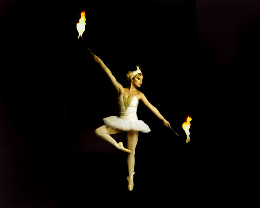 The London Cirque Ballet, fire performance, Divine Company.jpg