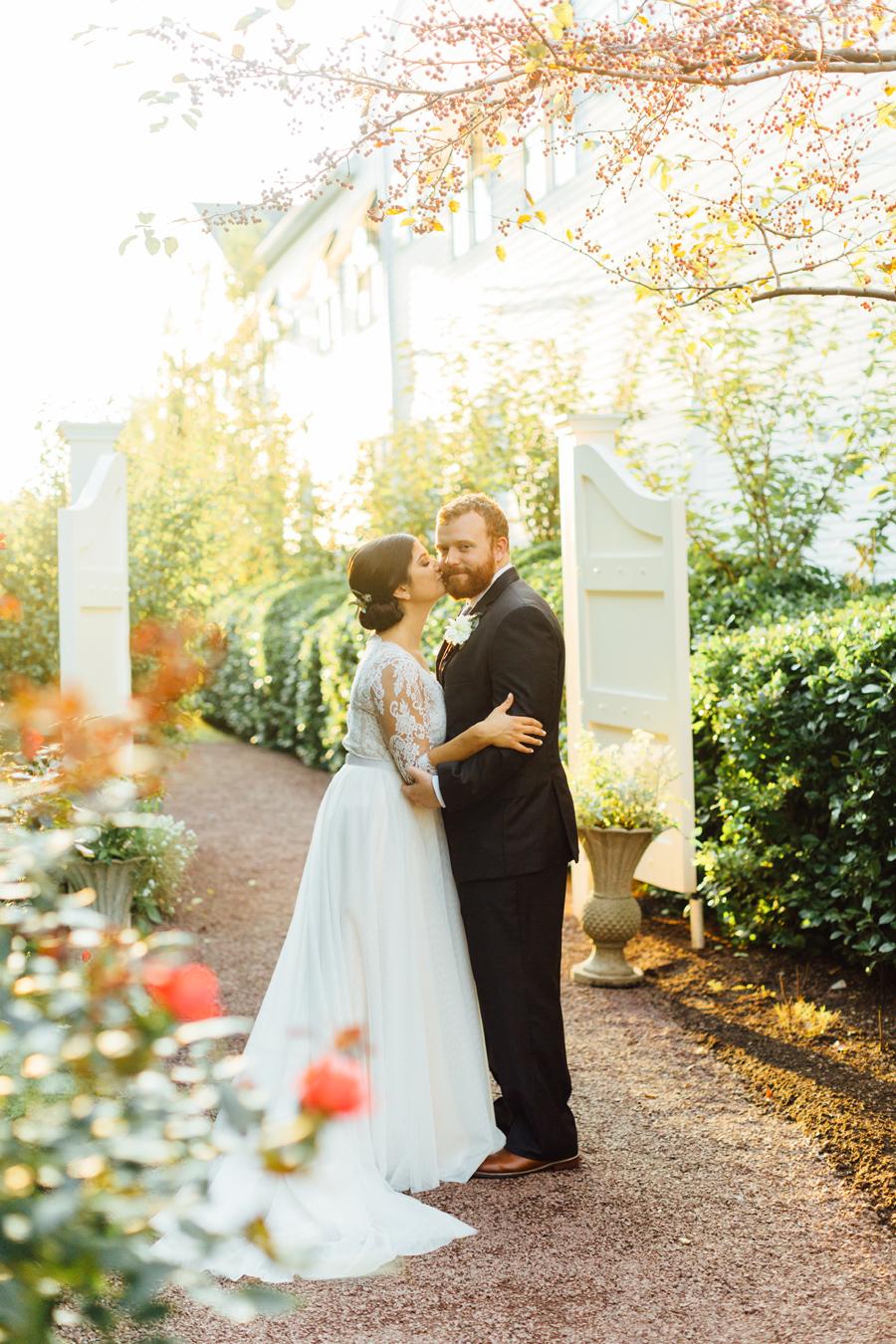 the-inn-at-leola-wedding-lancaster-pennsylvania-wedding-photographer-rebeka-viola-photograhy (84).jpg