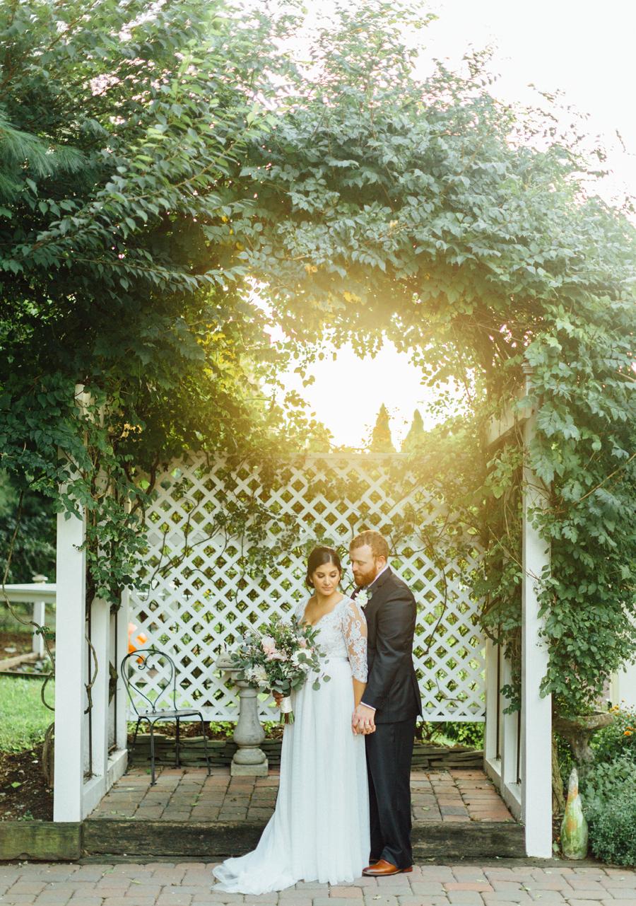the-inn-at-leola-wedding-lancaster-pennsylvania-wedding-photographer-rebeka-viola-photograhy (91).jpg