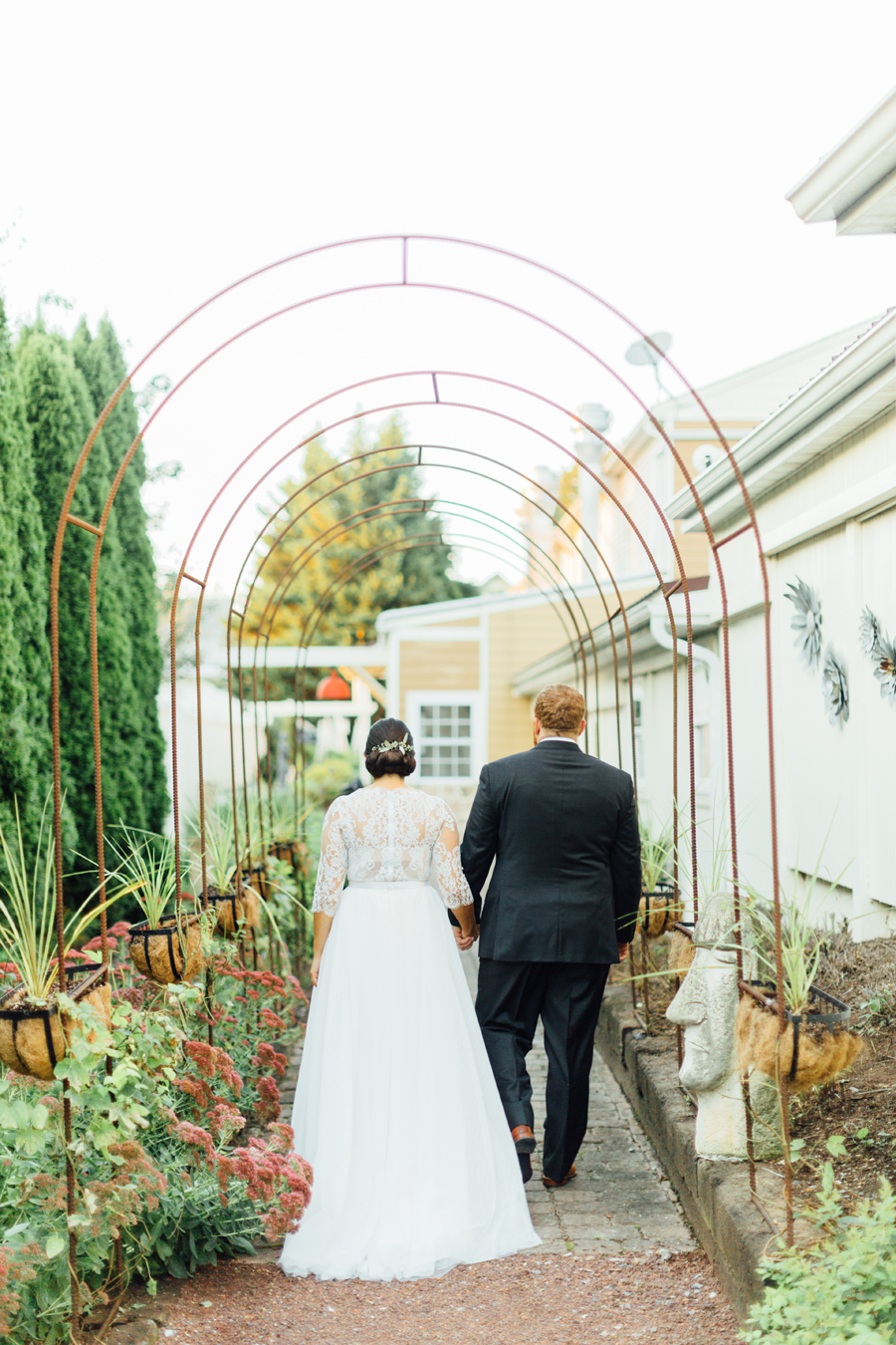 the-inn-at-leola-wedding-lancaster-pennsylvania-wedding-photographer-rebeka-viola-photograhy (93).jpg