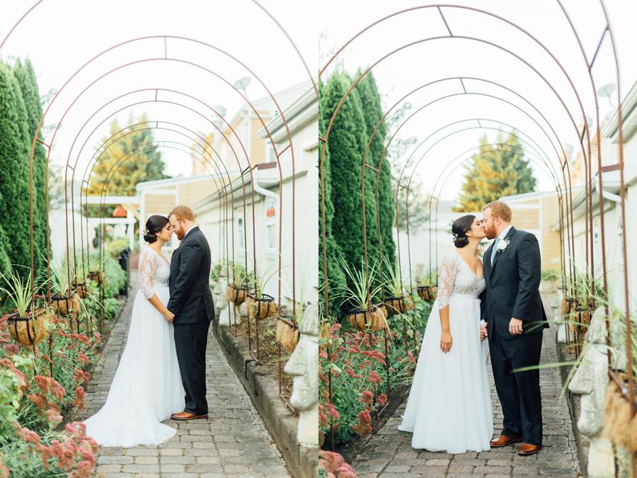 the-inn-at-leola-wedding-lancaster-pennsylvania-wedding-photographer-rebeka-viola-photograhy (95).jpg