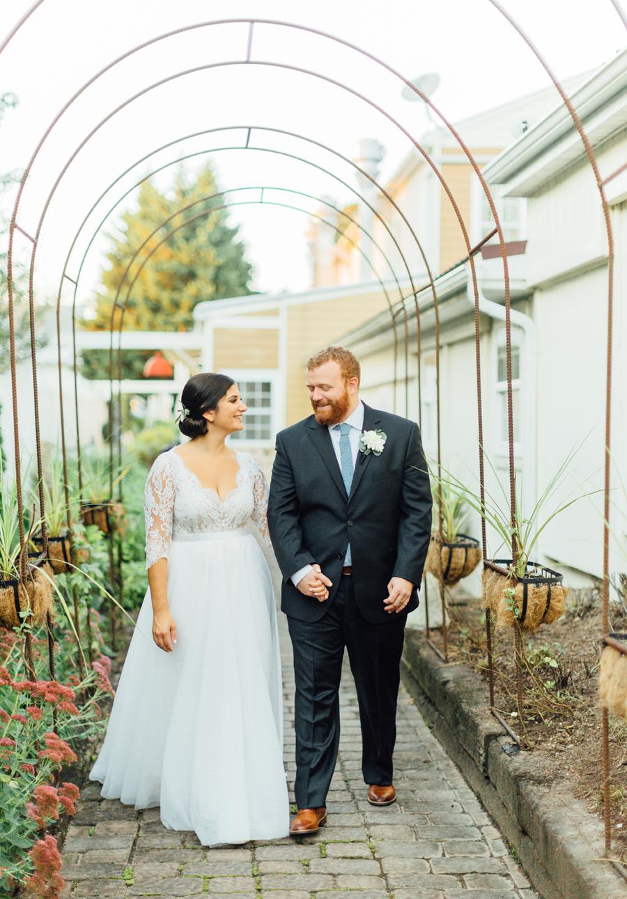 the-inn-at-leola-wedding-lancaster-pennsylvania-wedding-photographer-rebeka-viola-photograhy (96).jpg