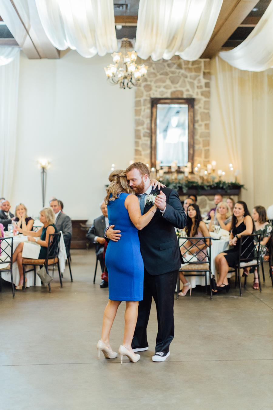 the-inn-at-leola-wedding-lancaster-pennsylvania-wedding-photographer-rebeka-viola-photograhy (115).jpg