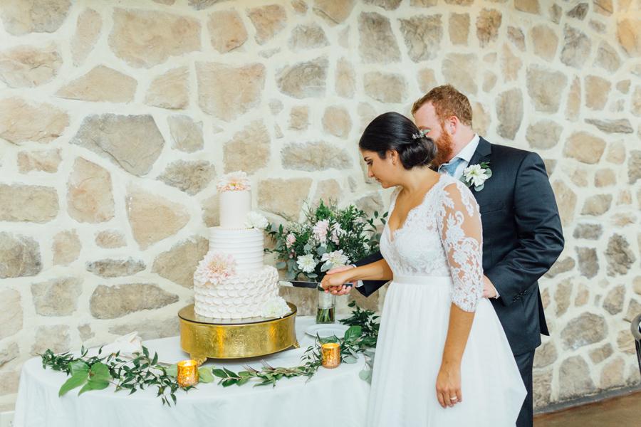 the-inn-at-leola-wedding-lancaster-pennsylvania-wedding-photographer-rebeka-viola-photograhy (135).jpg