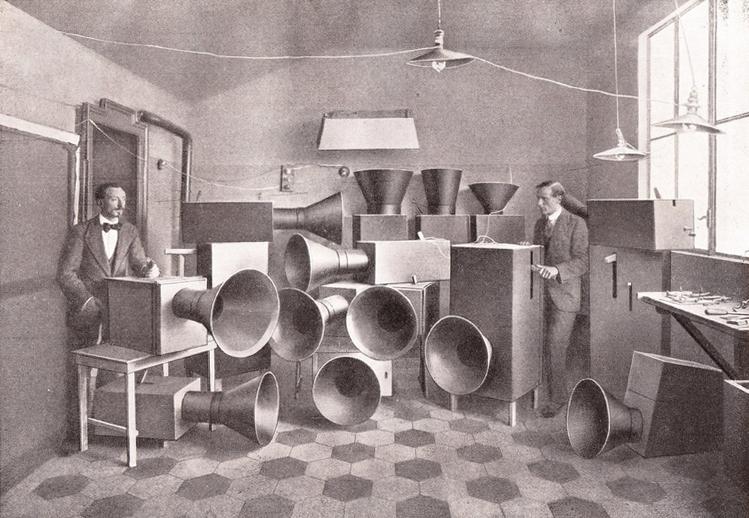 Noise_Machines-Luigi_Russolo.jpg