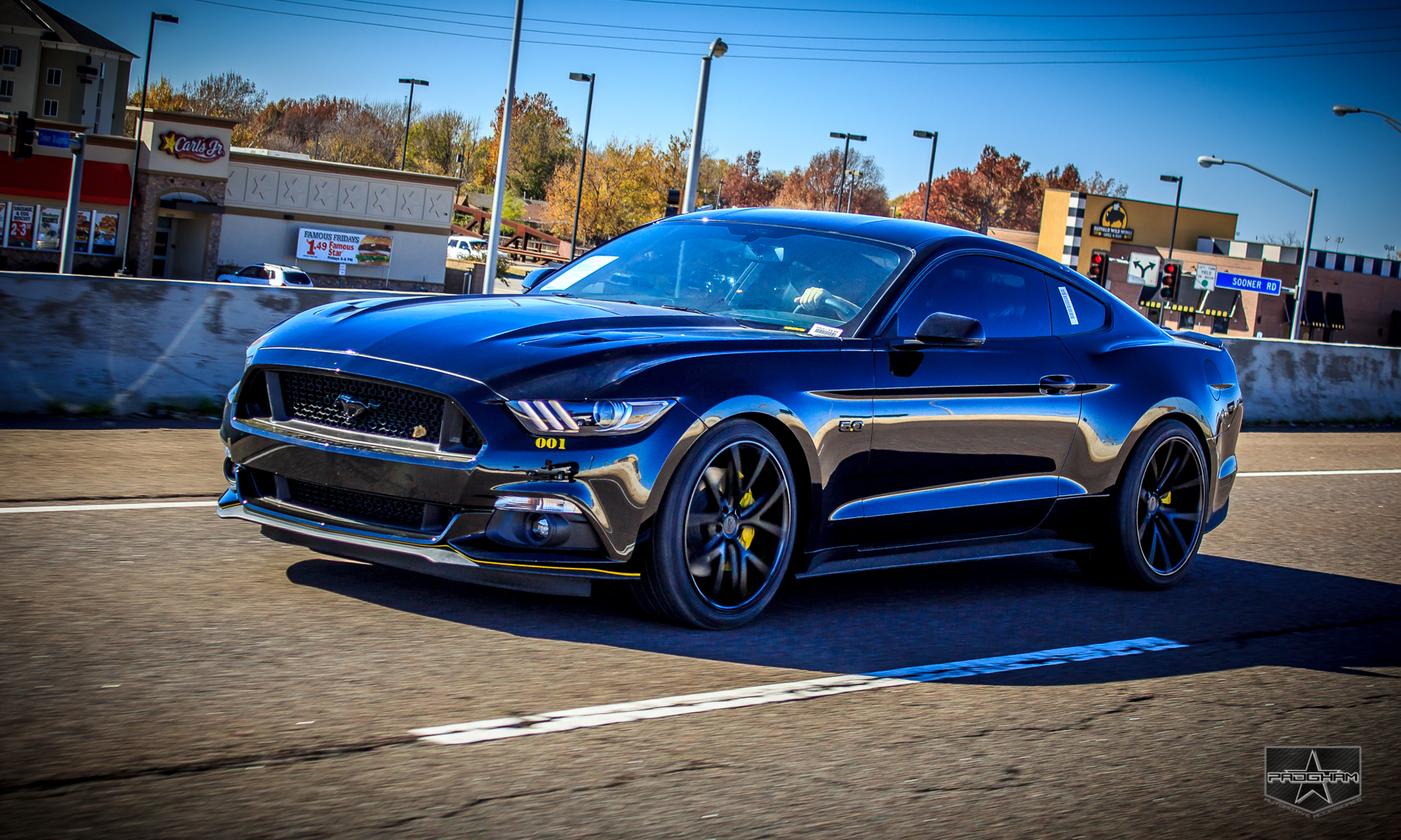Ford Mustang GT 3.jpg