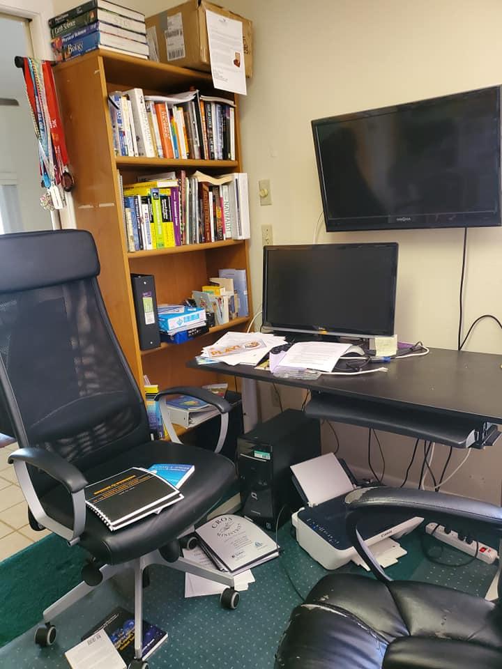 office1 before.jpg