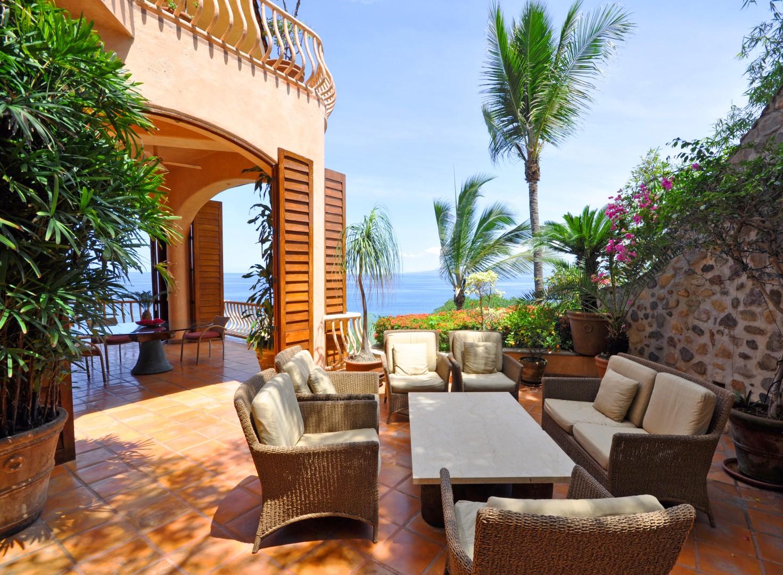 Vacation Vallarta - Villa Estrella Mar Outdoor Lounge
