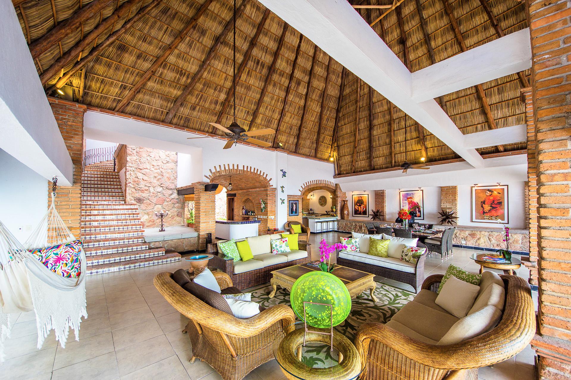Vacation Vallarta Villa Verde Lounge Area