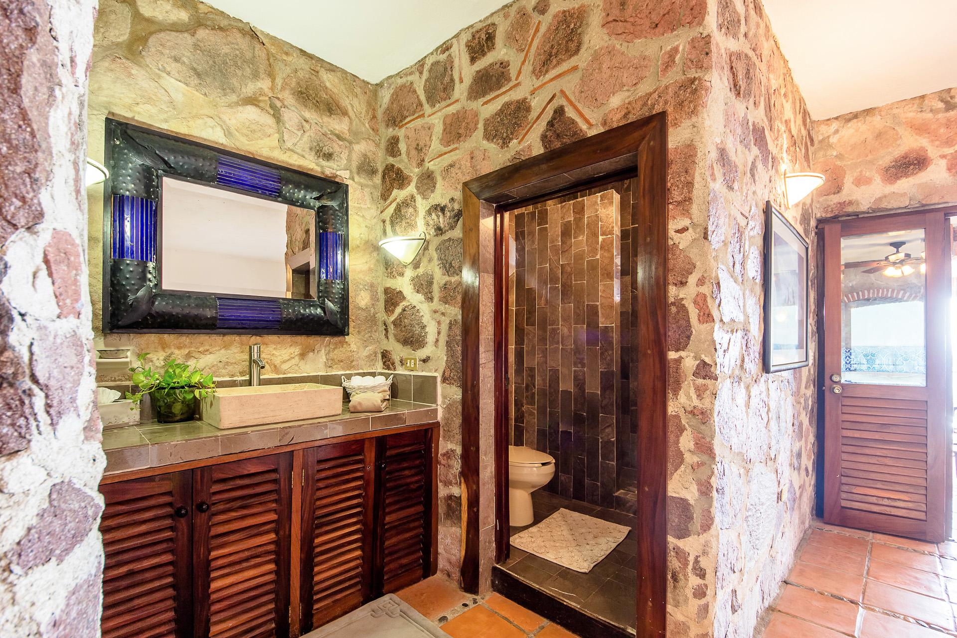 Vacation Vallarta Villa Verde Bathroom1