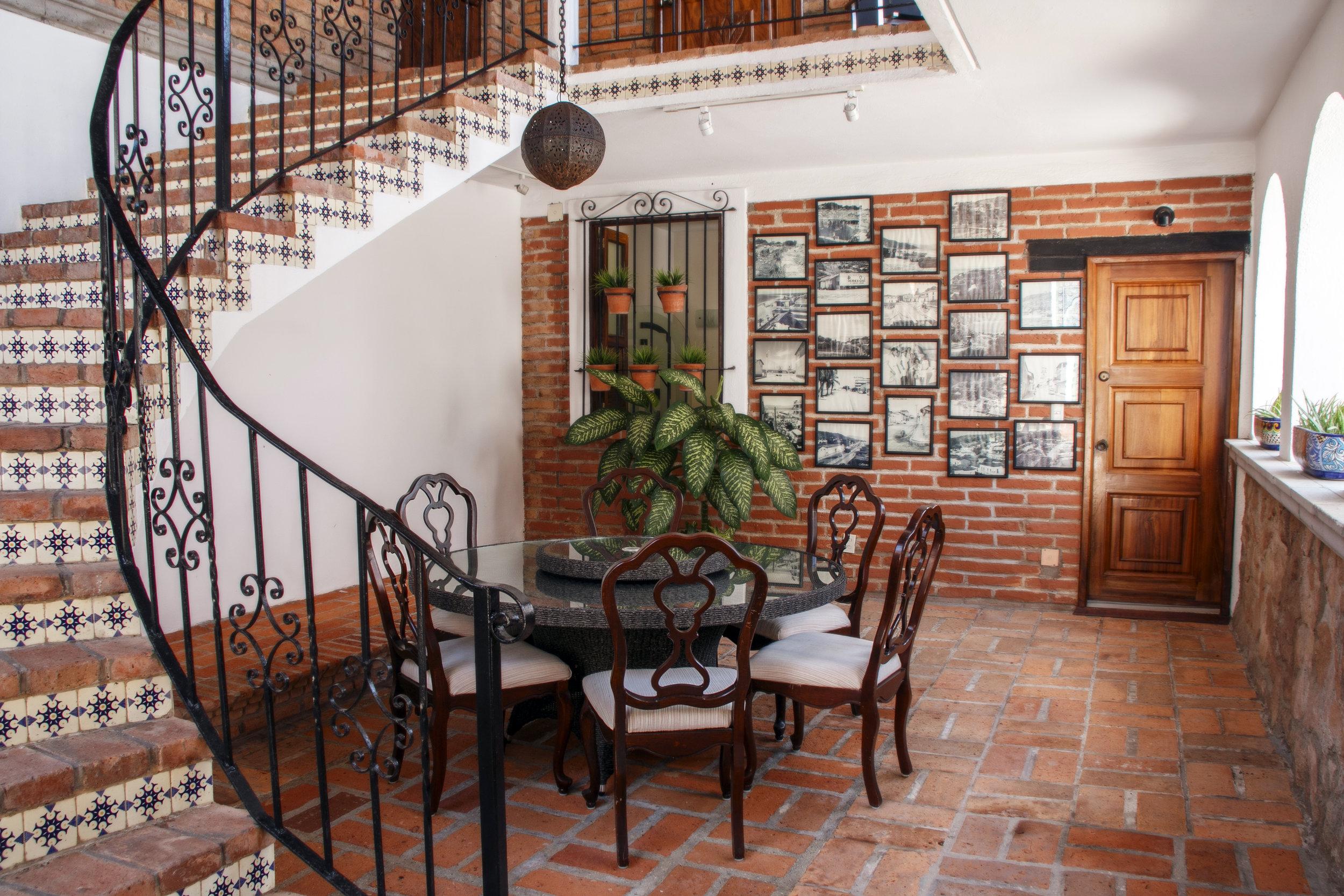 Vacation Vallarta Villa Verde Indoor Dining