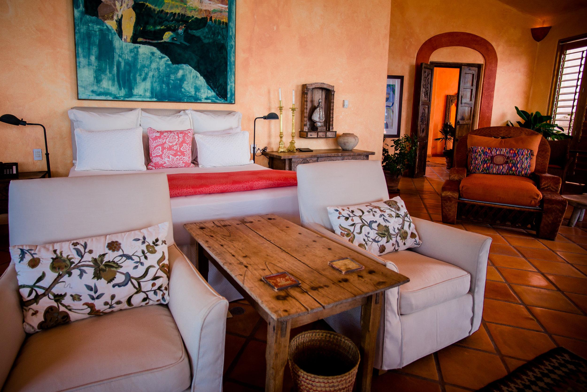 Estrella Mar Master Suite Lounge Area.jpg