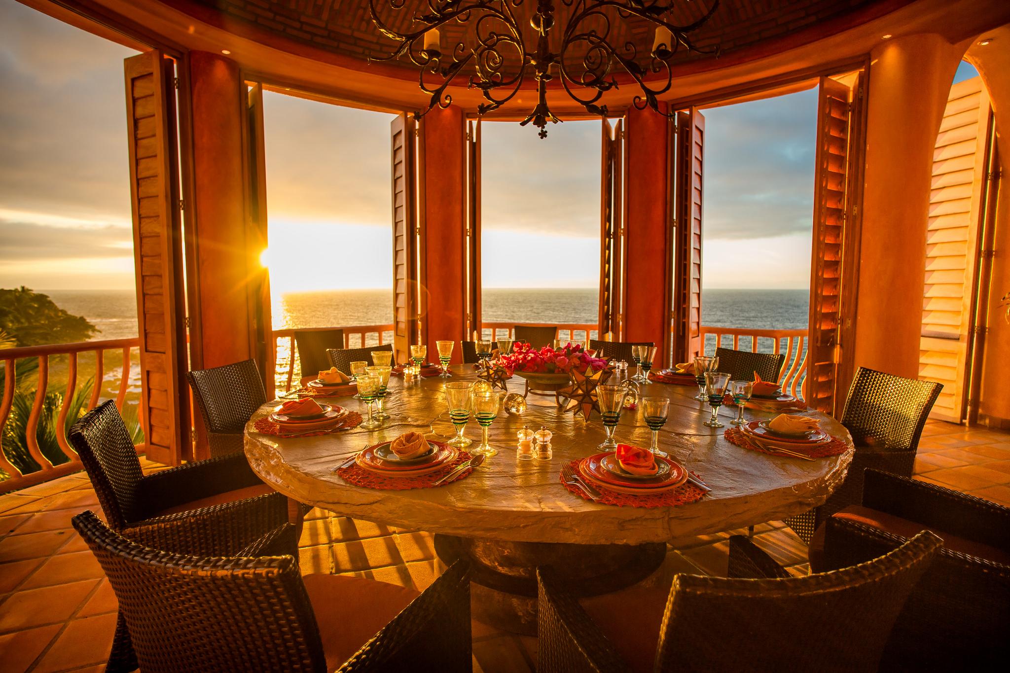 Vacation Vallarta - Villa Estrella Mar Dining