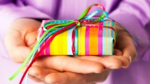 facebook-re-invites-press-to-gifts-event-3be80181aa