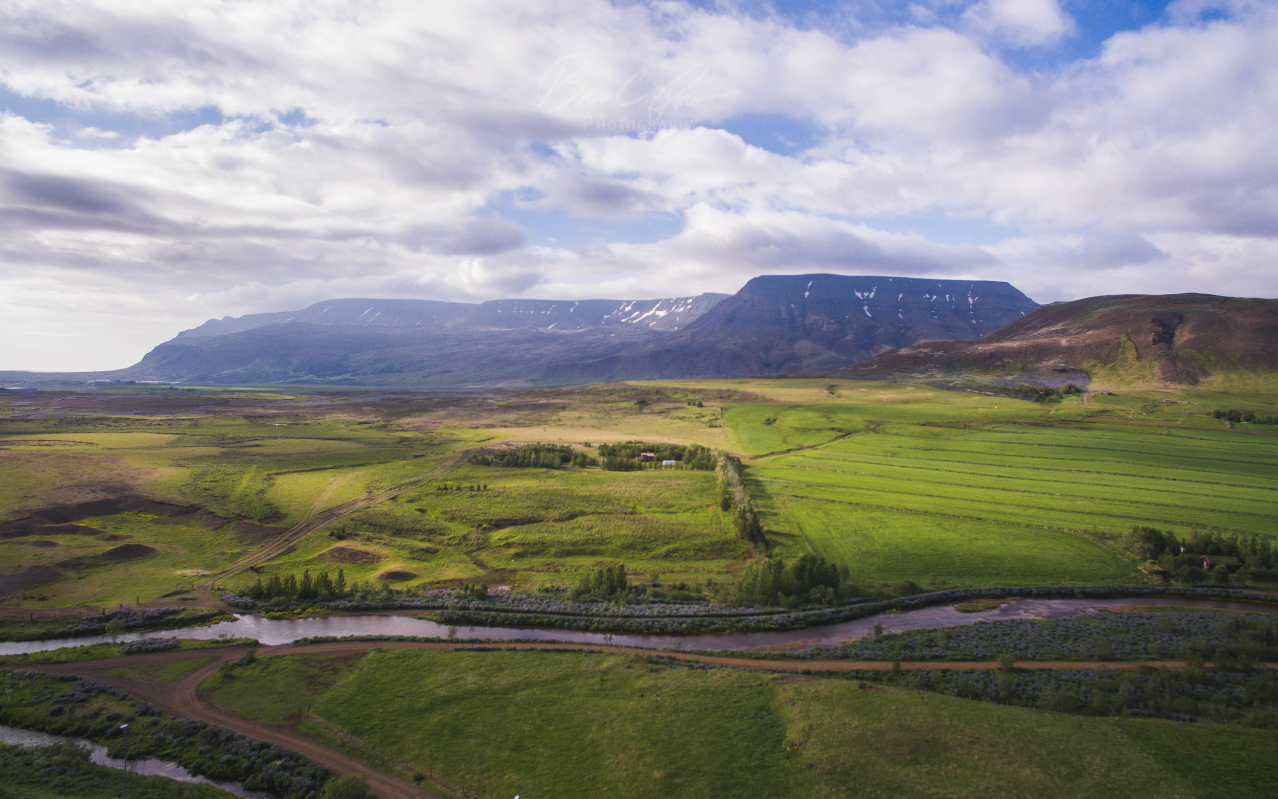 Mount Esja on the outskirts of Reykjavik, Iceland