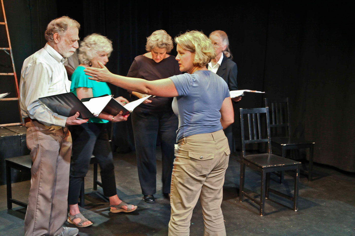Directing  FSM  reading for Stagebridge Senior Theatre Co at BAPF photo by Jim Norrena