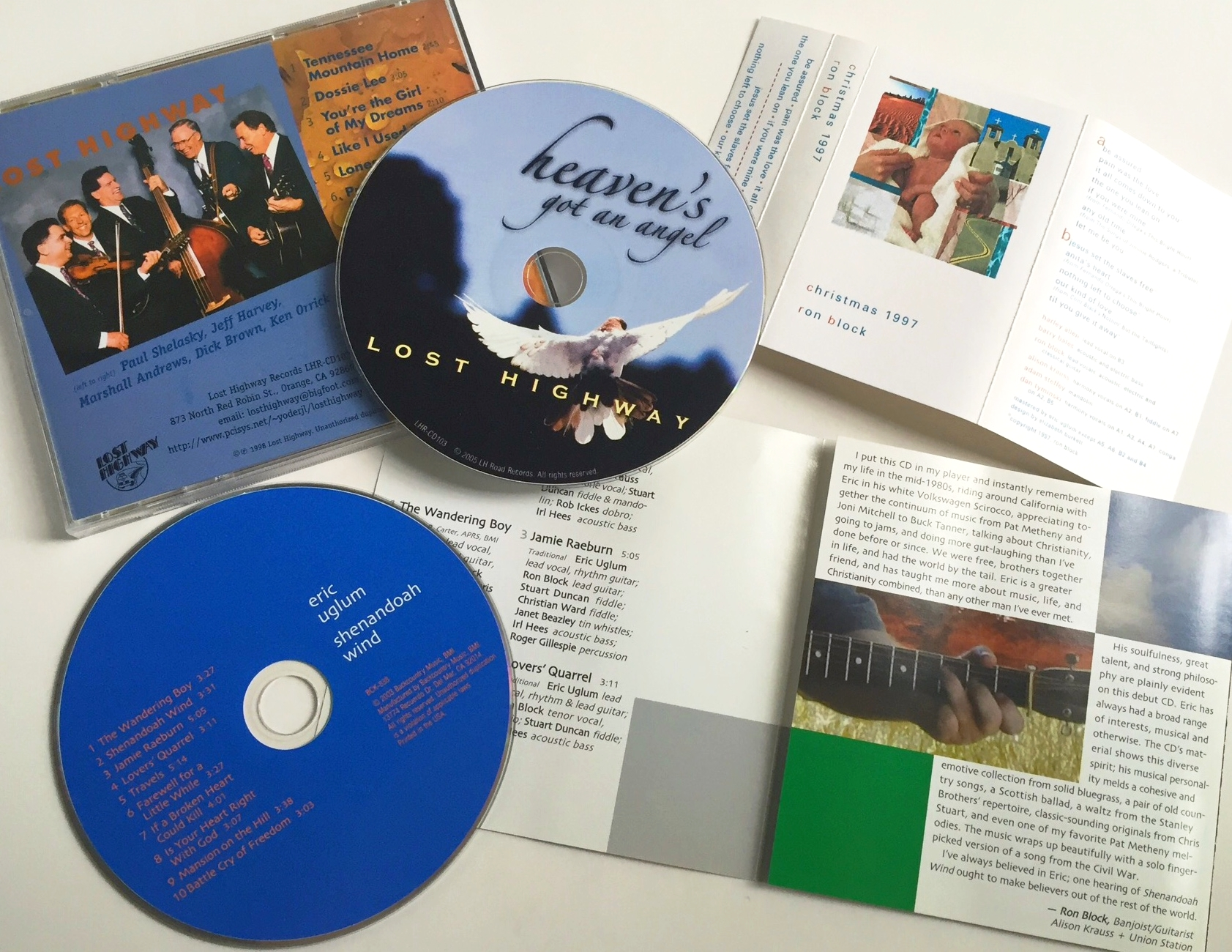 The covers get a lot of attention, but the discs and the insides of the booklets should not be an afterthought. I love to carry out the design to every part of the packaging.
