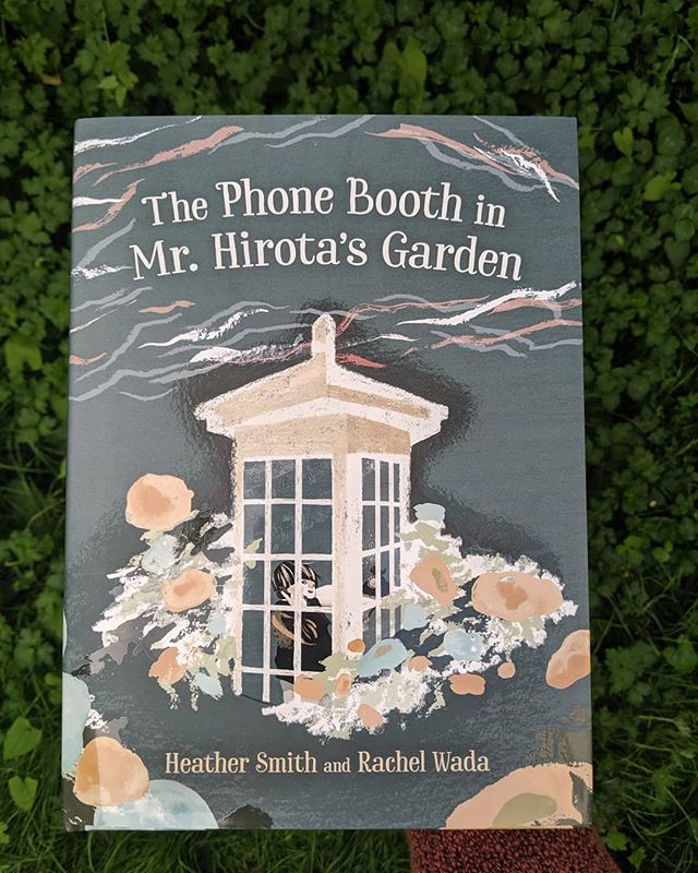 【THE PHONE BOOTH IN MR.HIROTA'S GARDEN】As some of you may have heard, my first illustrated picture book with @orcabook is officially published! This project has truly been a dream come true, and it is still surreal knowing that this book is out there in the world now! Written by the wonderful @heather.t.smith, with Art Direction by Teresa Bubela (who I could not have done this without!) 💙🌊 . . . . #artwork #art #illustration #kidlit #kidsbooks #bookstoread #womenwhodraw #childrensbook #kidlitart #picturebook #childrensbookillustration #diversebooks #publishing #Canadianlit #orcabooks #kidsbookstagram #canlit #booklove