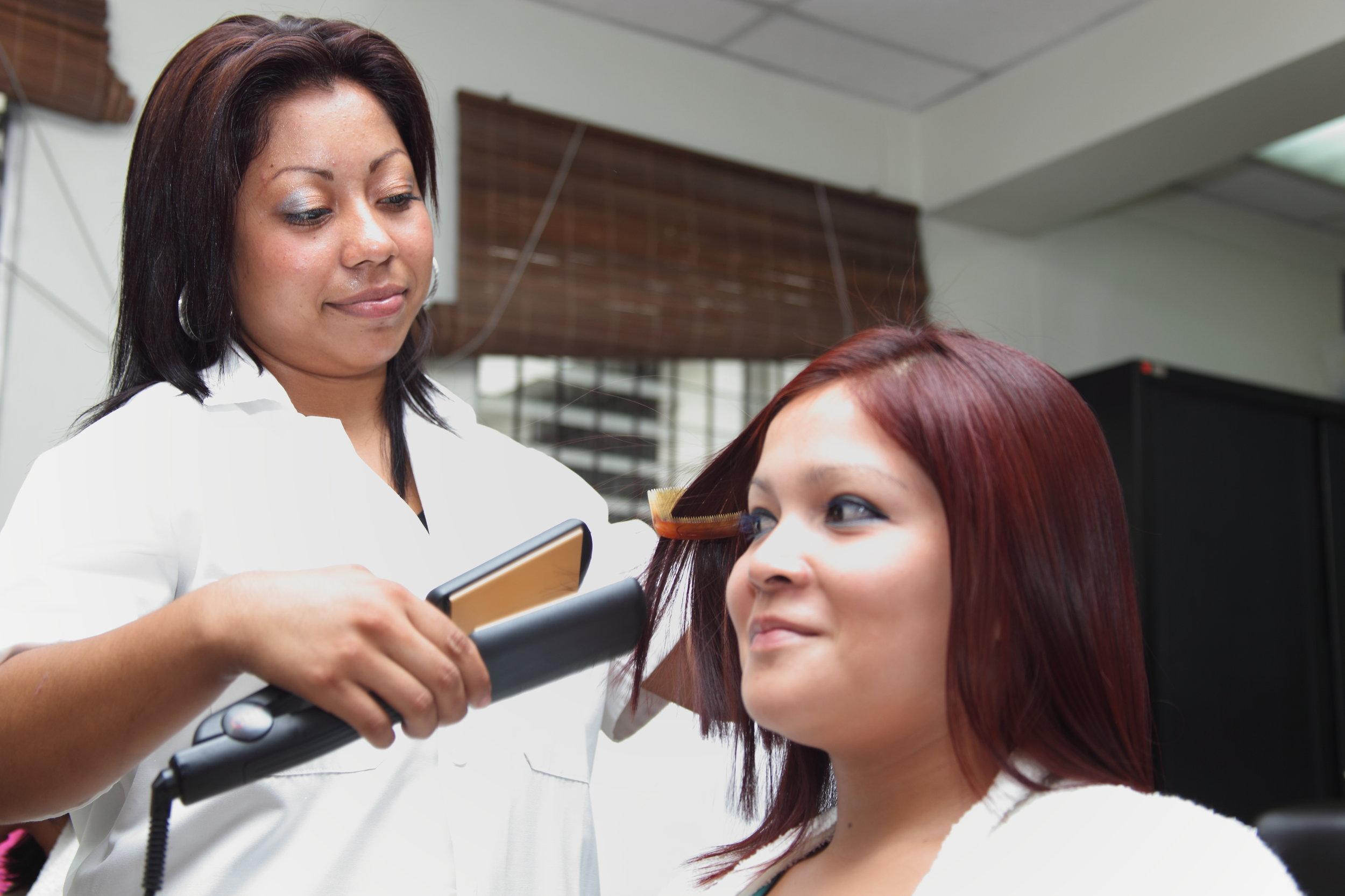 Copy of Cosmetología.JPG