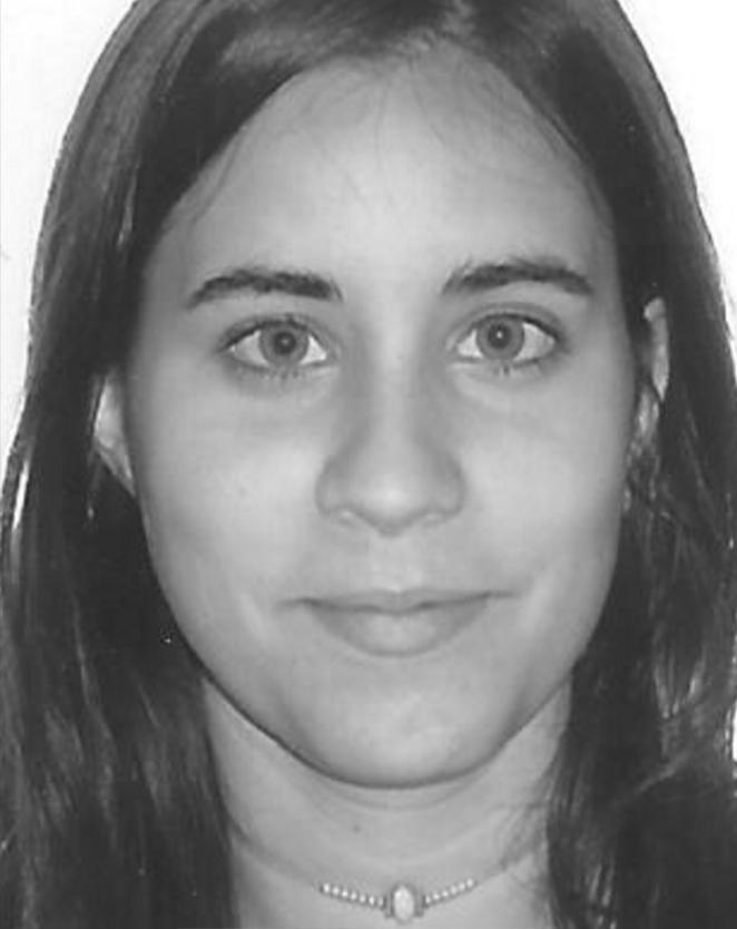 ALBA GARCÍA   Farmacéutica    Control y seguimiento de donacione  s   Barcelona - Madrid