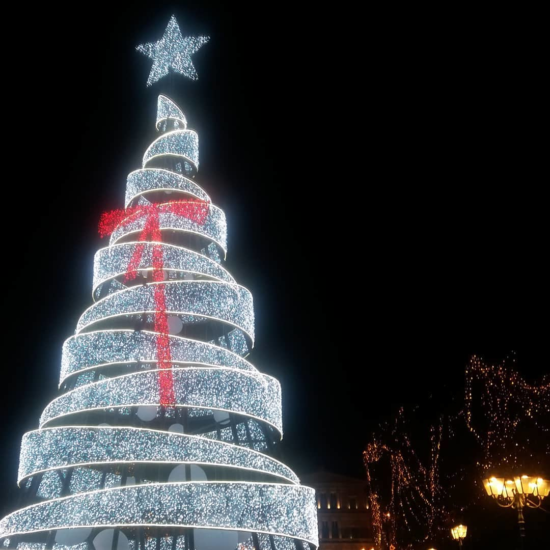 PHOTO CREDIT: SOFIA POLYKRETI |  earthlang.net  | Christmas tree at Syntagma square in Athens