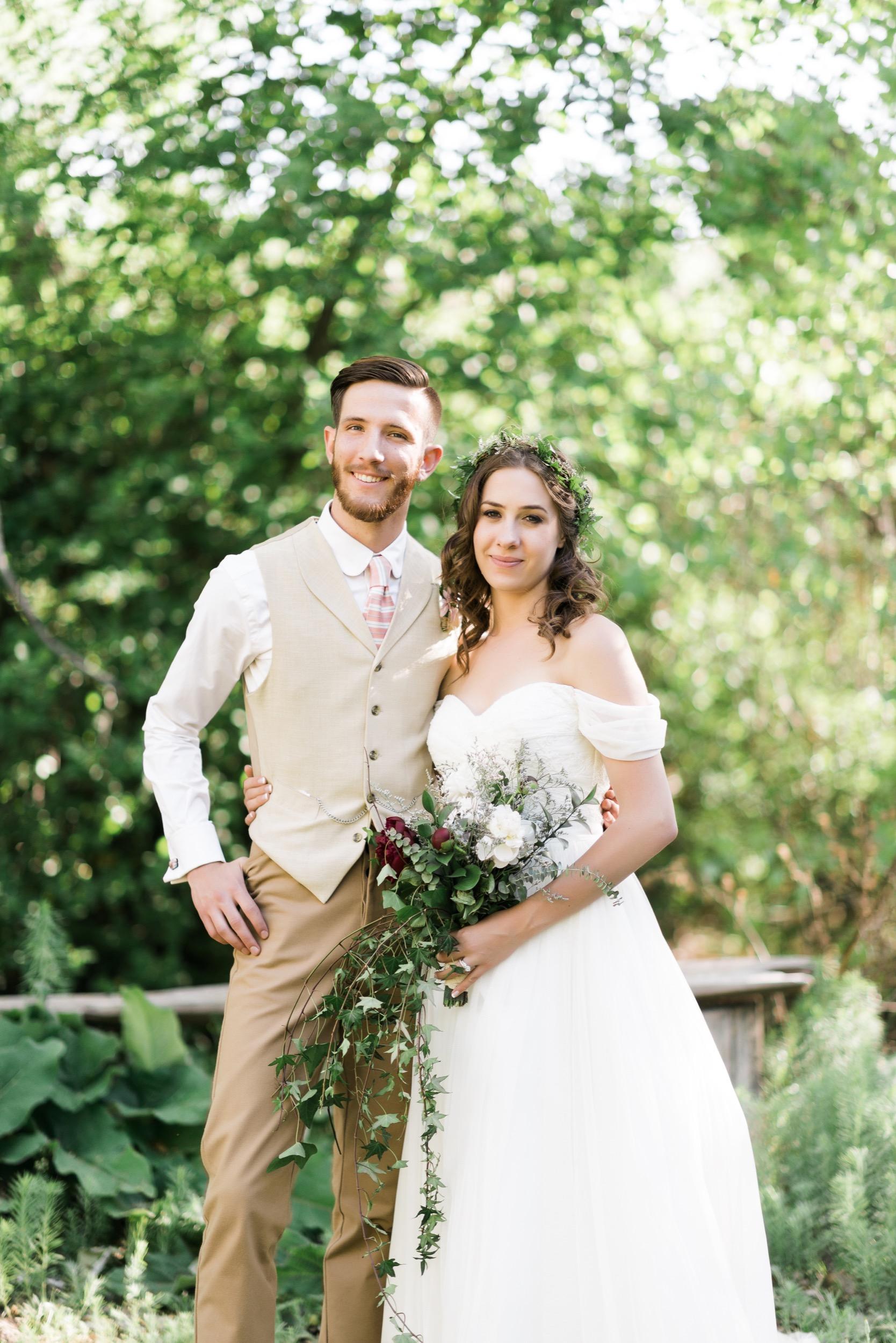 Josh&Lydia-1233.jpg