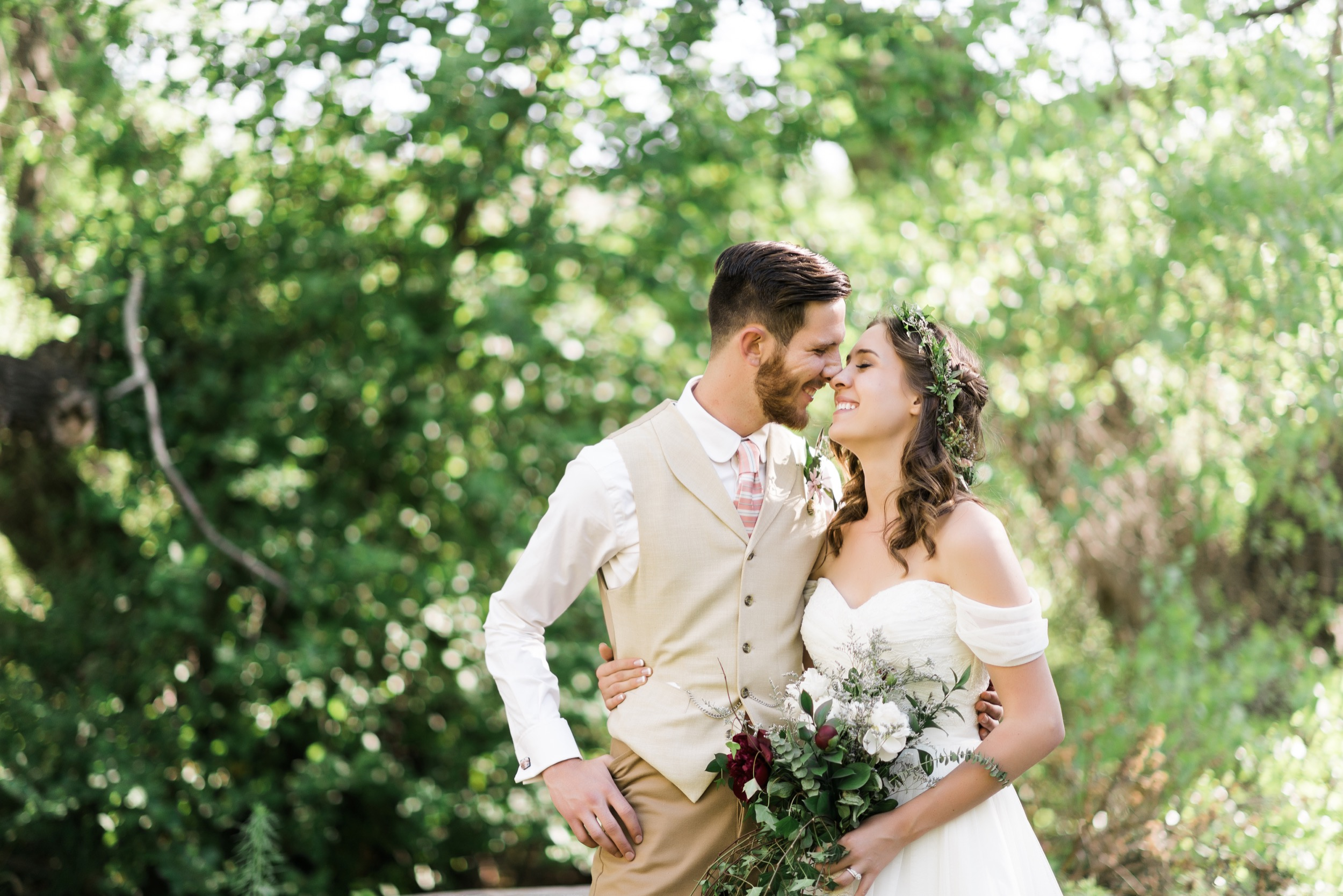 Josh&Lydia-1237.jpg