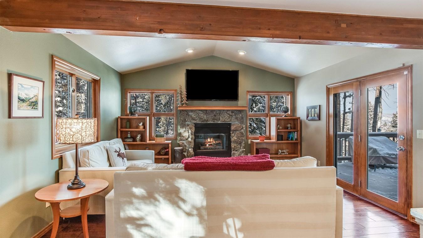 Lynn Westfall family room 2.jpg
