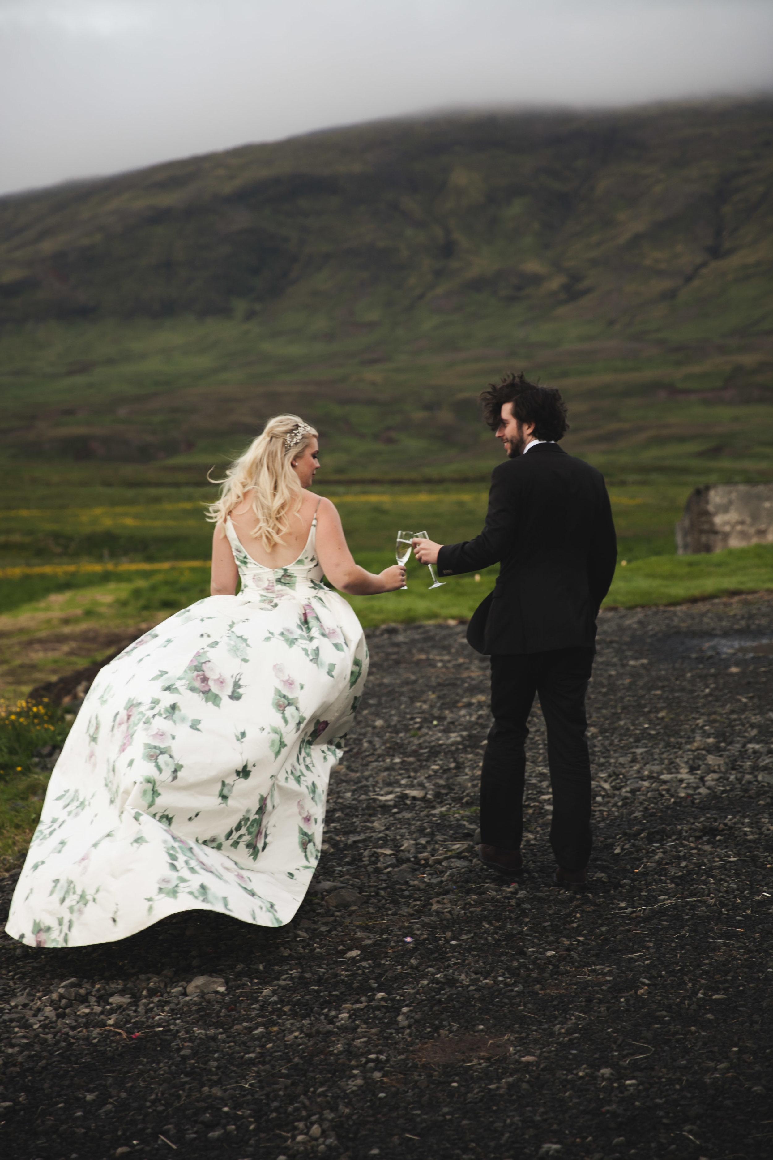 LisaDiederichPhotography_IcelandWedding_Kelsey&Zack-54.jpg