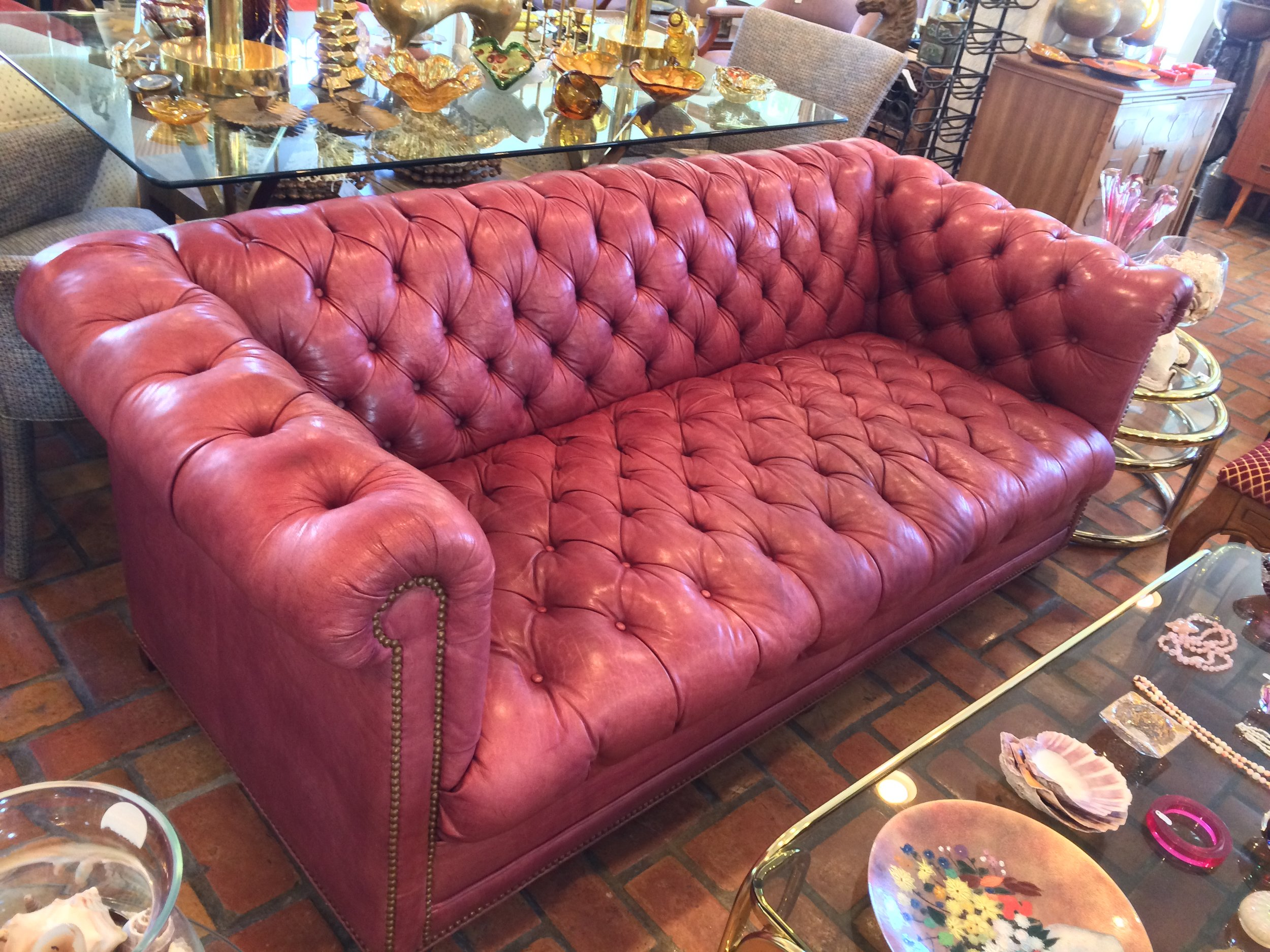 Tufted Chesterfield (5).JPG
