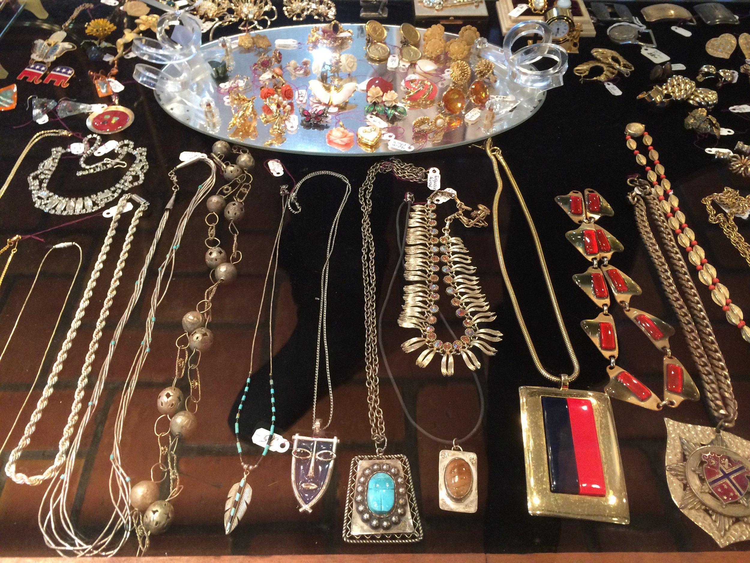 more jewelry (10).JPG