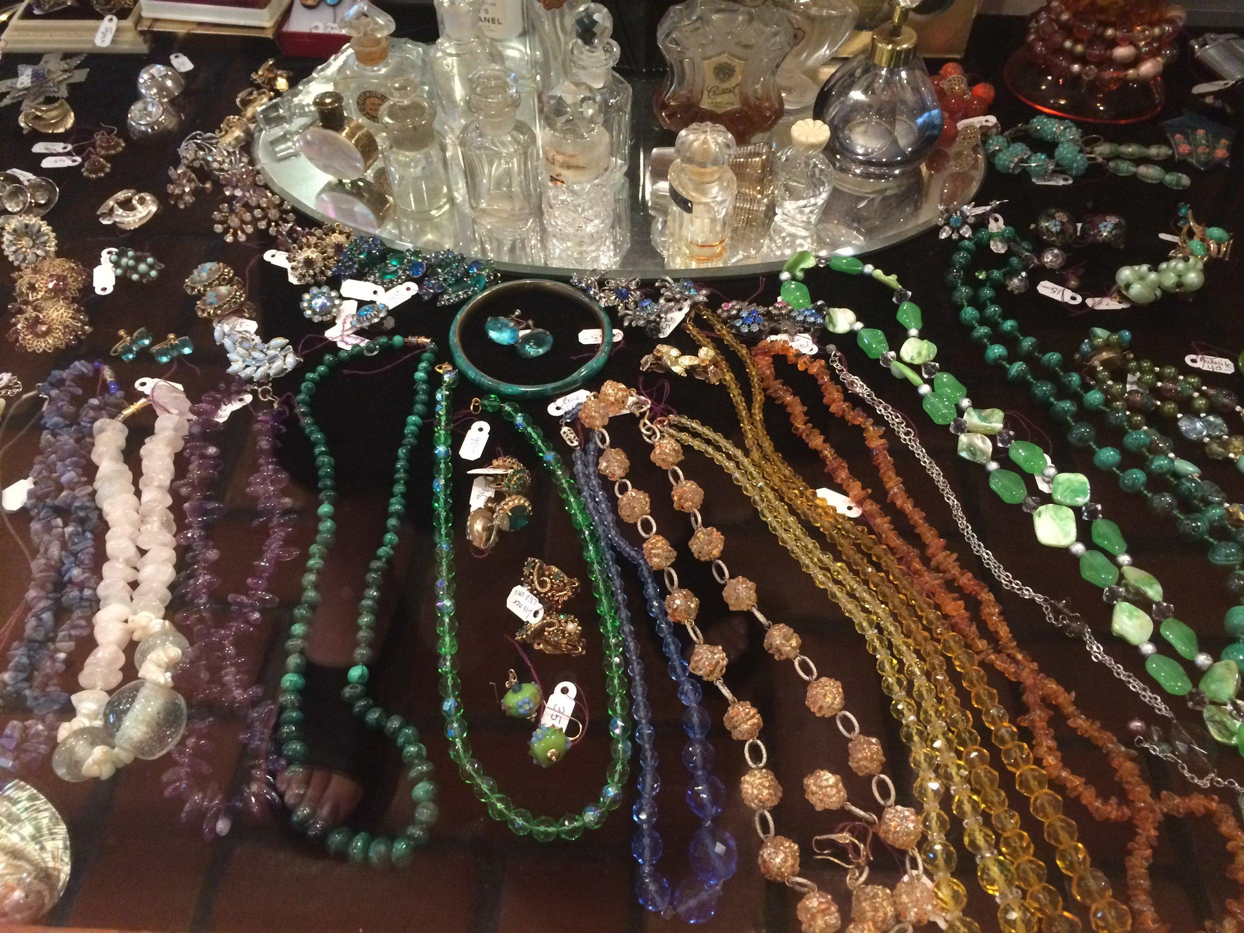Vintage Jewelry (4).JPG