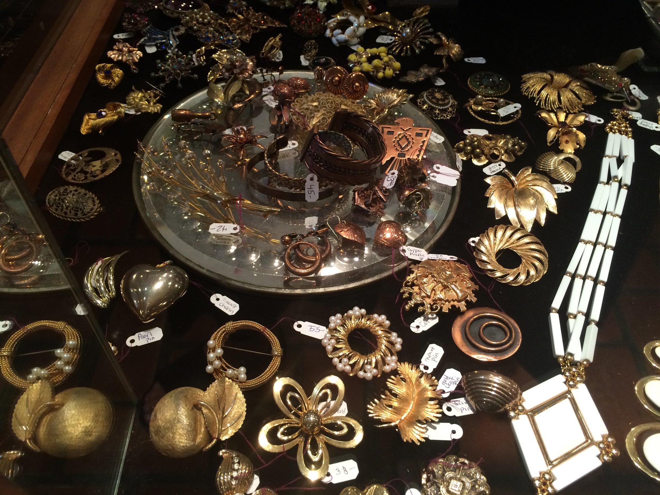 Vintage Jewelry (6).JPG