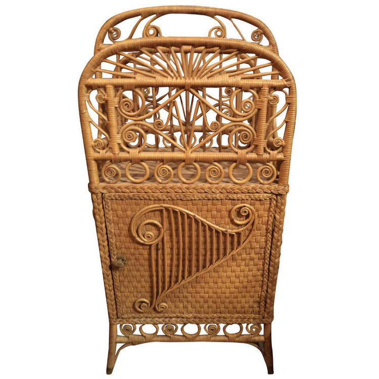 Victorian Wicker Rack/Stand